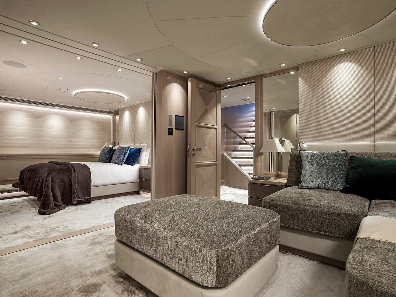 Heesen_51m-for-charter-transform-rooms