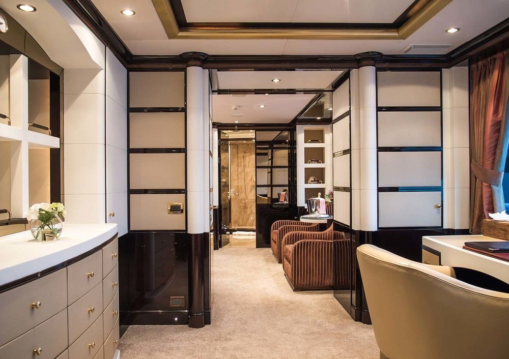 Benetti_43M_2018_office