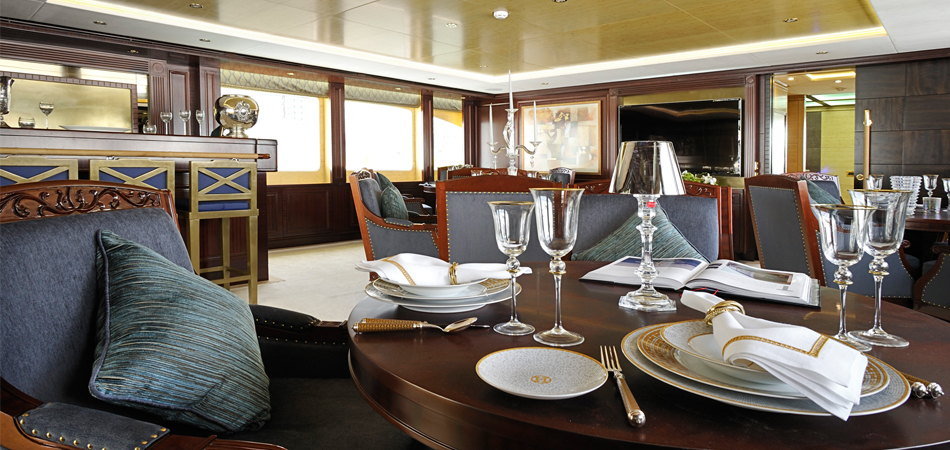 Majesty-135---Upper-Deck-Saloon-Dining
