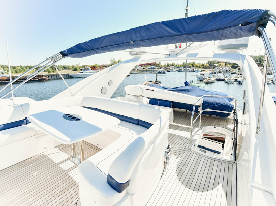 Princes21m_yacht_for_sale_flybridge