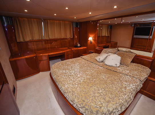 Princes21m_yacht_for_sale_master_cabin
