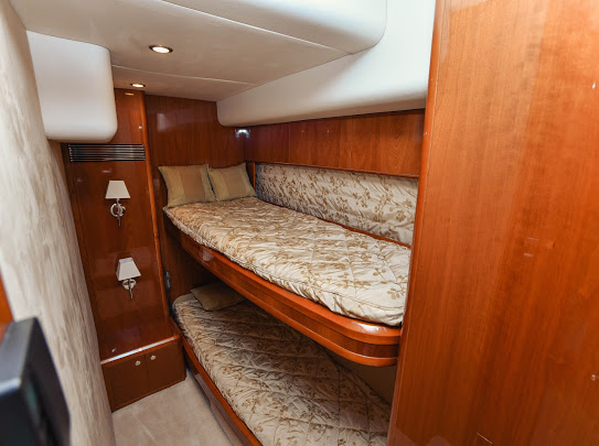 Princes21m_yacht_for_sale_twin_cabin