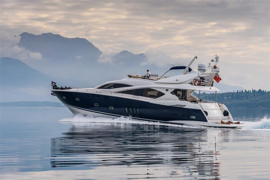 Sunseeker25M_yacht_for_sale_cruise