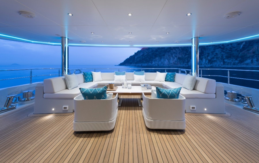 turquoise_yacht_74m_Valicelli11